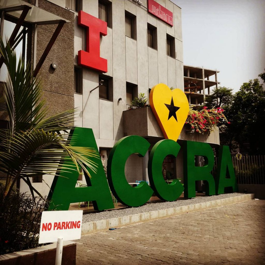 I Love Accra installation in front of the Urbano Hotel in Osu, one of the Accra neighbourhoods.