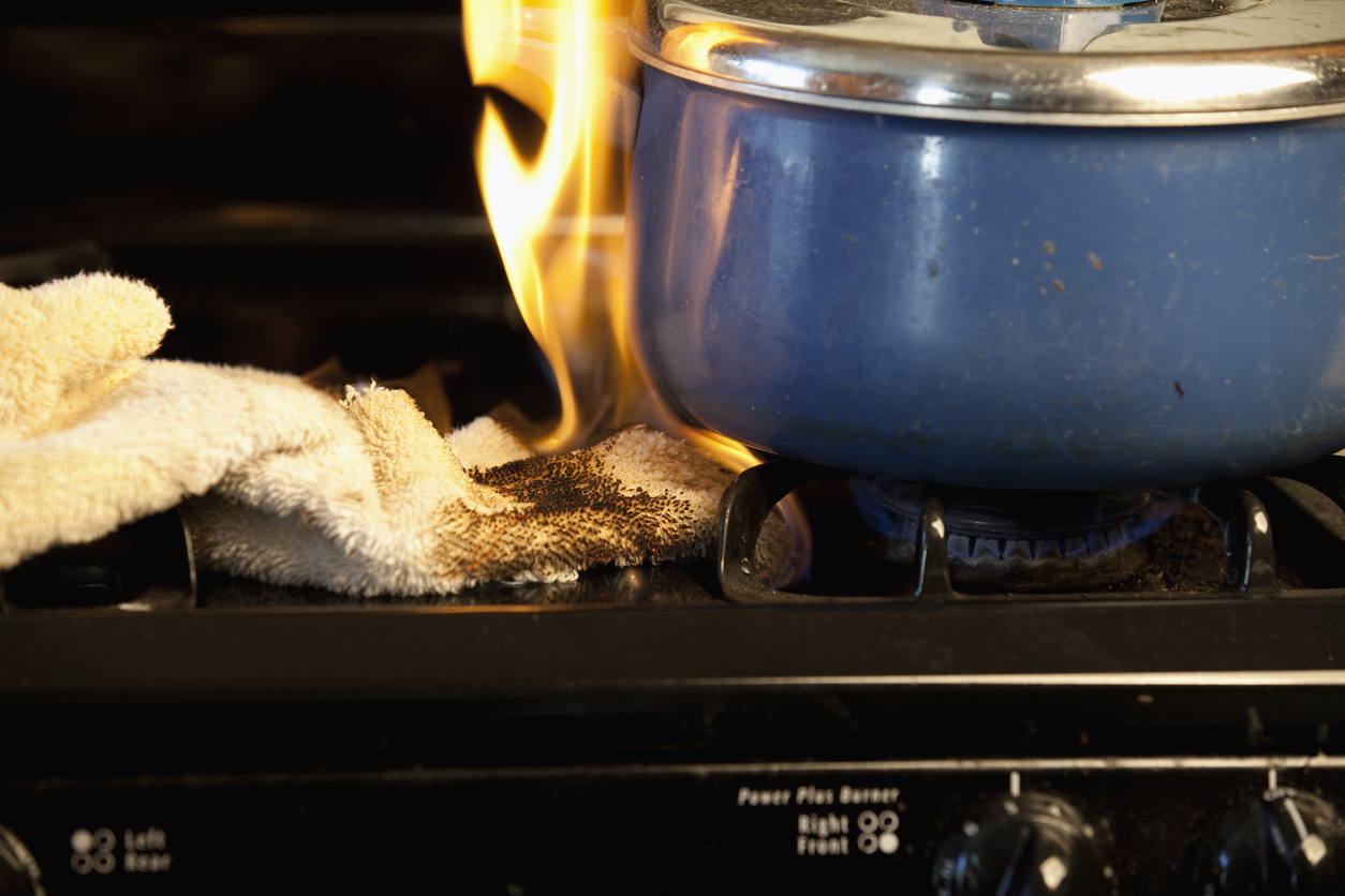 Towel accidentally catches fire on Stove | Fire Safety Tips