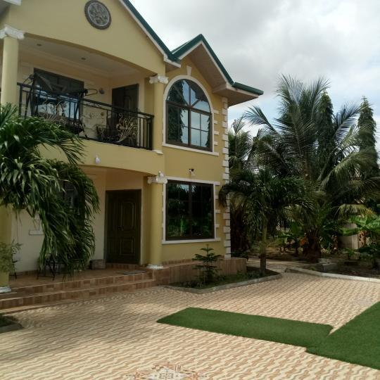 Four Bedroom Houses For Rent: 4 Bedroom House For Rent At Frafraha Adenta