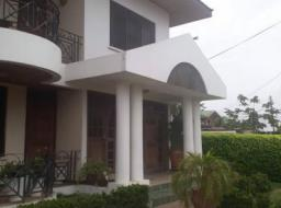 2 bedroom house for rent at Lashibi