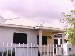 3 bedroom house for rent at Devtraco Estates Tema