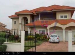 4 bedroom house for rent at Trasacco - East Legon