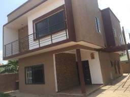 3 bedroom house for rent at Oyarifa