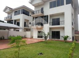 5 bedroom townhouse for rent at Cantonments Road