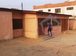 4 bedroom house for rent at Sakaman, Dansoman