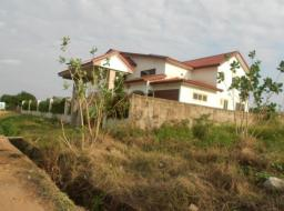 12 bedroom guest house for sale at community 22 tema