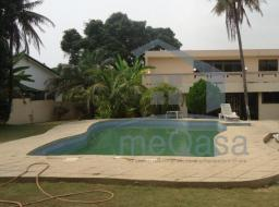 5 bedroom house for rent at Labone