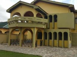 4 bedroom house for rent at Airport By-Pass Road