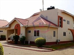 3 bedroom house for rent at Dufie Court, East Legon