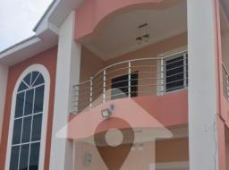 5 bedroom house for rent at Eastlegon