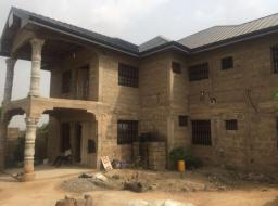 6 bedroom house for sale at Kasoa Avenue