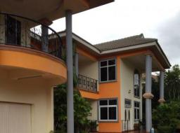 4 bedroom house for rent at Adjiringanor Road