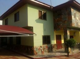 4 bedroom house for sale at Sakumono Estate