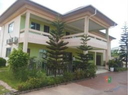 7 bedroom house for rent at Dzorwulu