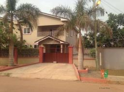 8 bedroom house for sale at Tema Community 18