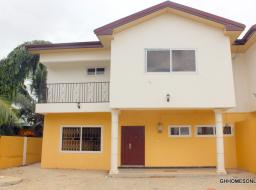 3 bedroom house for sale at Community 20,Tema