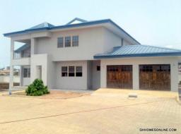 4 bedroom house for rent at Celebrity Golf,Sakumono ,Tema