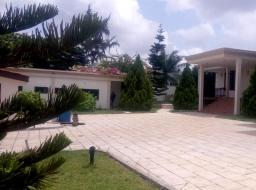 6 bedroom house for rent at Dzorwulu