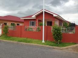 2 bedroom house for rent at Tema Community 25