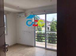 4 bedroom townhouse for rent at Trade Fair