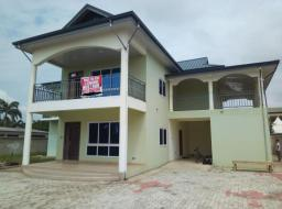 5 bedroom house for rent at Tema