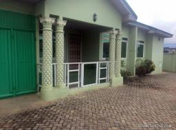 4 bedroom house for rent at Community 25, Tema