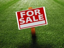 3 room commercial space for sale at Kwabenya