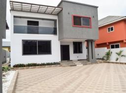 4 bedroom house for sale at West Trassaco