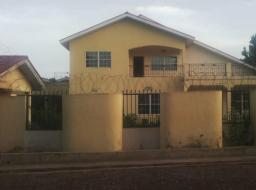 5 bedroom house for rent at Ashongman Estates