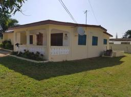 3 bedroom house for rent at Teshie Road