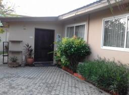 3 bedroom house for rent at Osu nyaniba estates