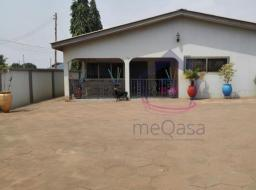 4 bedroom house for sale at Tema motorway roundabout