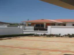 4 bedroom house for sale at Tema, Devtraco, Community 25