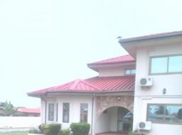 6 bedroom house for rent at Agbogba Wisconsin University Rd