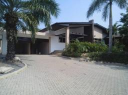 4 bedroom house for rent at Airport City