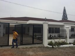 2 bedroom house for rent at Cantonments