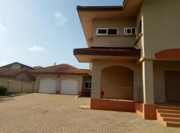 4 bedroom house for rent at East Airport