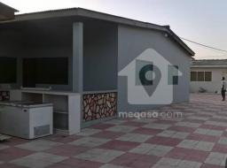 2 bedroom house for rent at Dansoman High Street