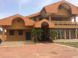 4 bedroom house for rent at Tema-community 11