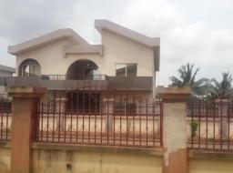 6 bedroom house for rent at Spintex Road