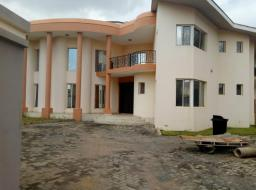 7 bedroom house for rent at Spintex Road