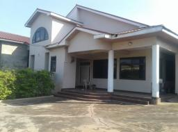 5 bedroom house for sale at Achimota mile 7