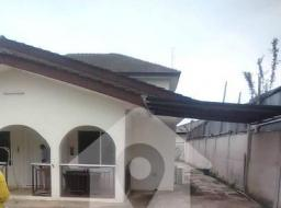 4 bedroom house for rent at Dzorwulu