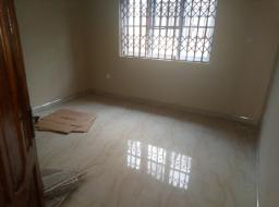 3 bedroom house for rent at Community 25, Tema