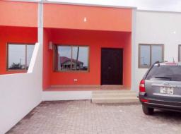 2 bedroom house for rent at Community 25, Tema
