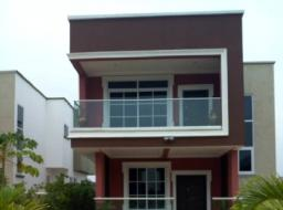 4 bedroom house for sale at Paraku near Achimota Golf course
