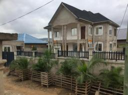 4 bedroom house for rent at Kuntunse