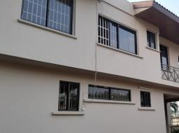 5 bedroom house for rent at Airport