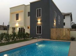 4 bedroom house for sale at Adjiringano