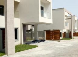 3 bedroom townhouse for rent at cantoments